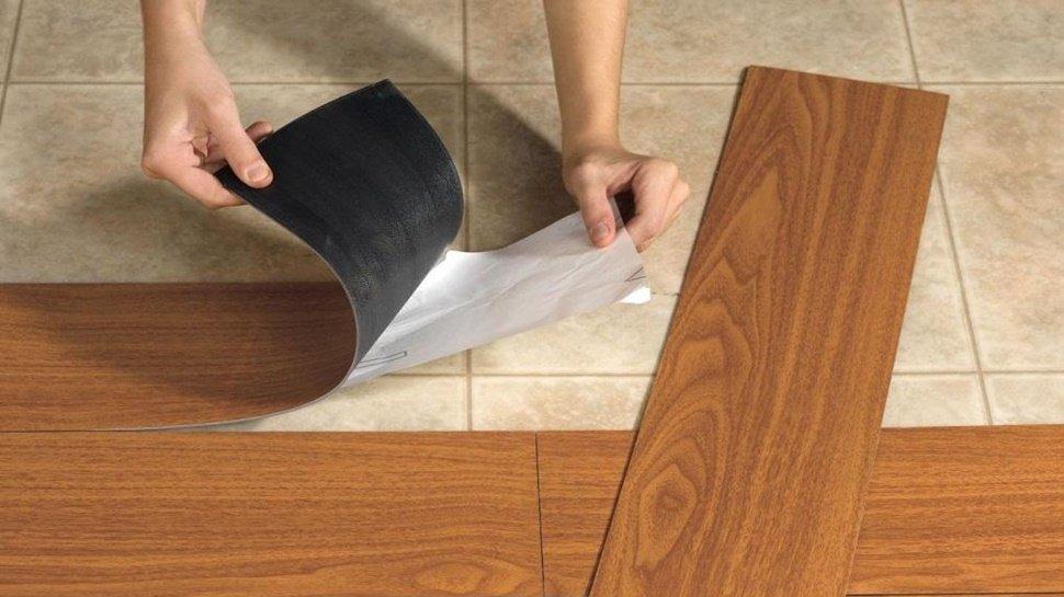 Revestimientos plásticos, decoración simple y fácil para interiores
